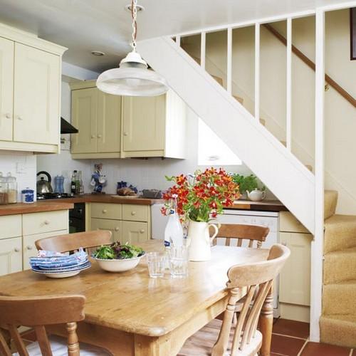 Лестница на кухне фото